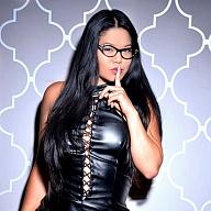 Mistress Alexis Kim Escort