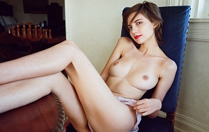 Liara Roux Escort