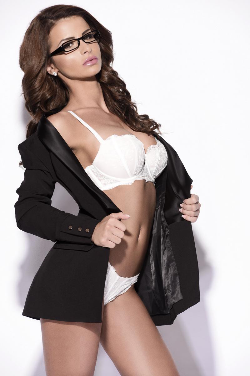 Ariana Brown