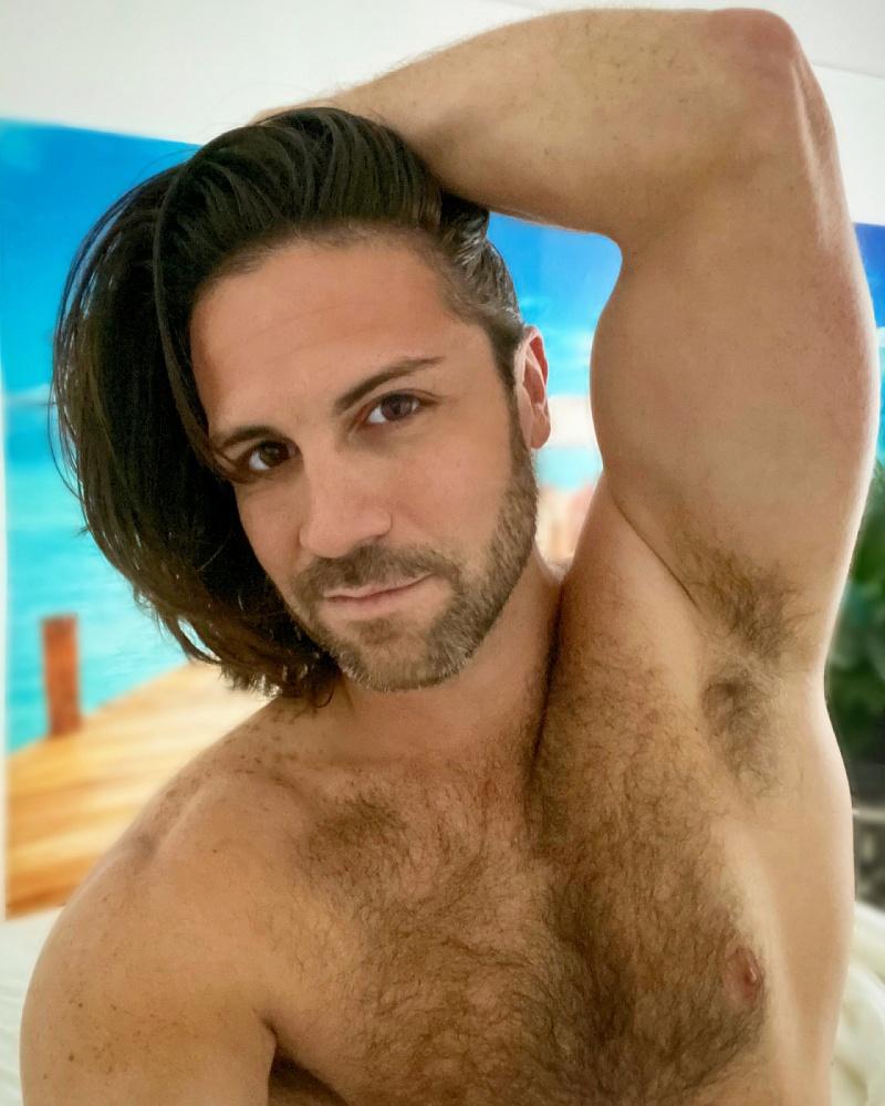 Troy Amistadi