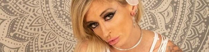 VanessaVixen's Cover Photo