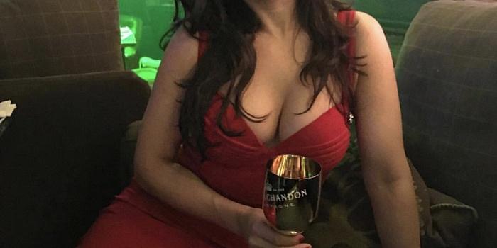 Victoria's Cover Photo