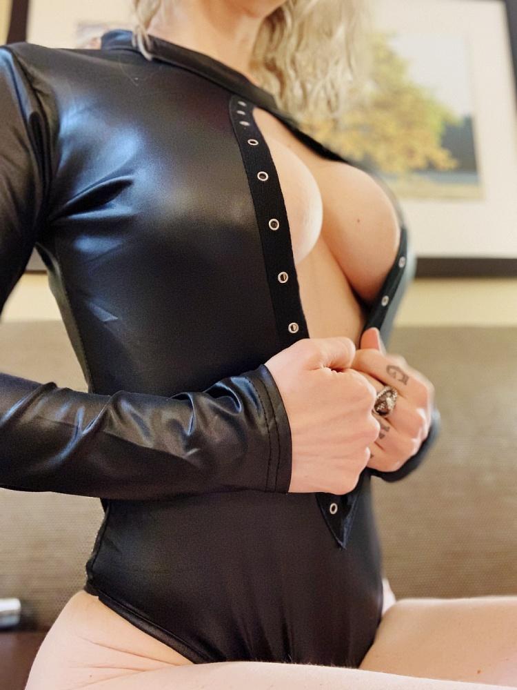 Kinky Miss Vegas