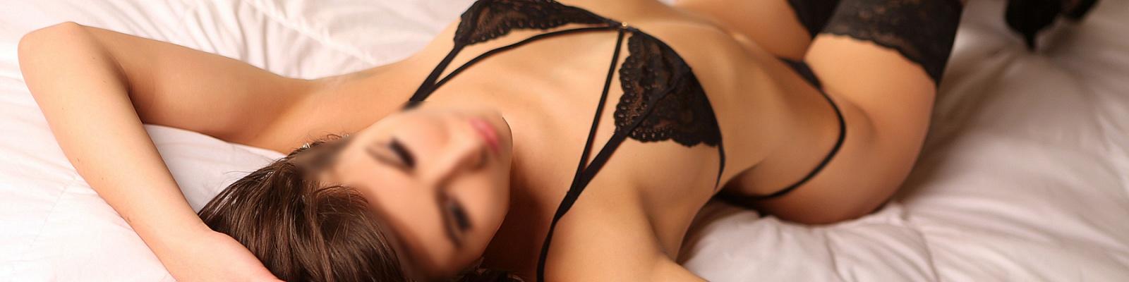 Leyla Grey's Cover Photo