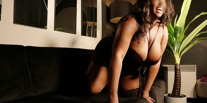 Raven Onyx's Cover Photo