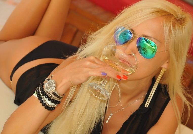Bianca Blonde