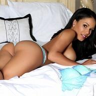 Nikki Jameson