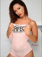 Arielle Moore Escort