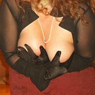 Luxurious Nicole
