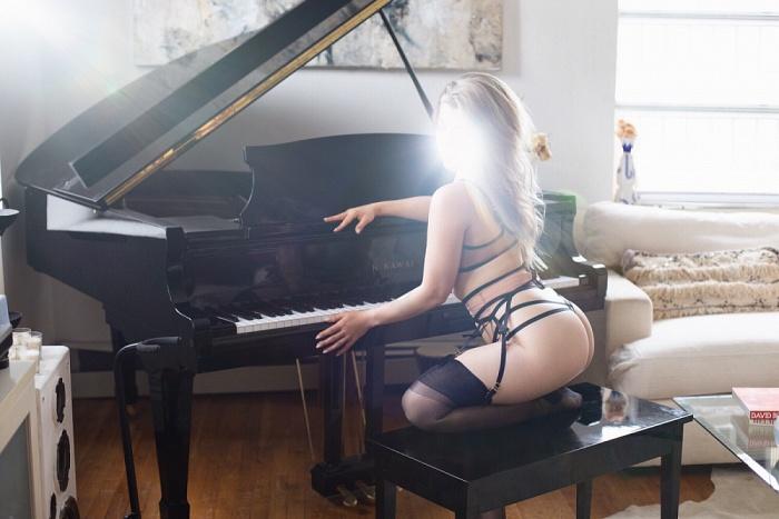 Eva Jarnot