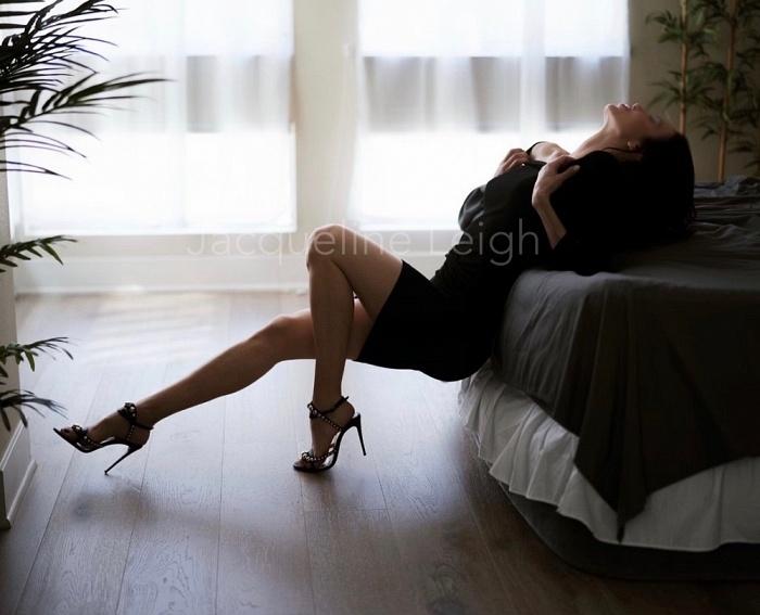 Jacqueline Leigh