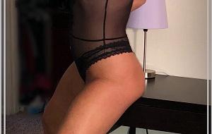 Dana Escort