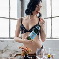 Naomi Nixion's Avatar