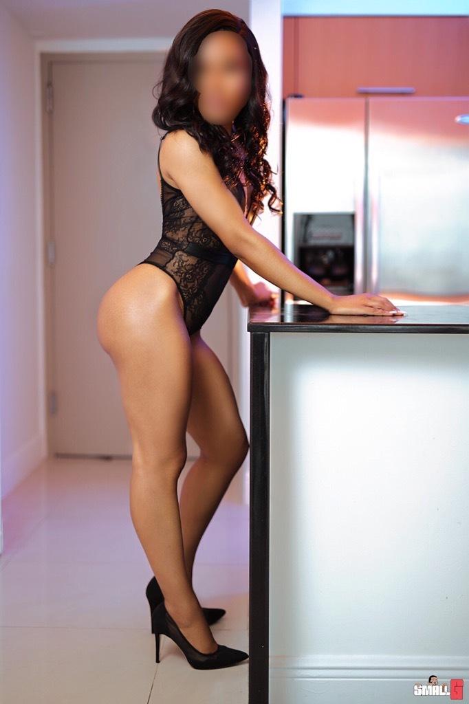 Zara LeClaire