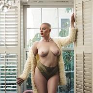 Riley Nixon's Avatar