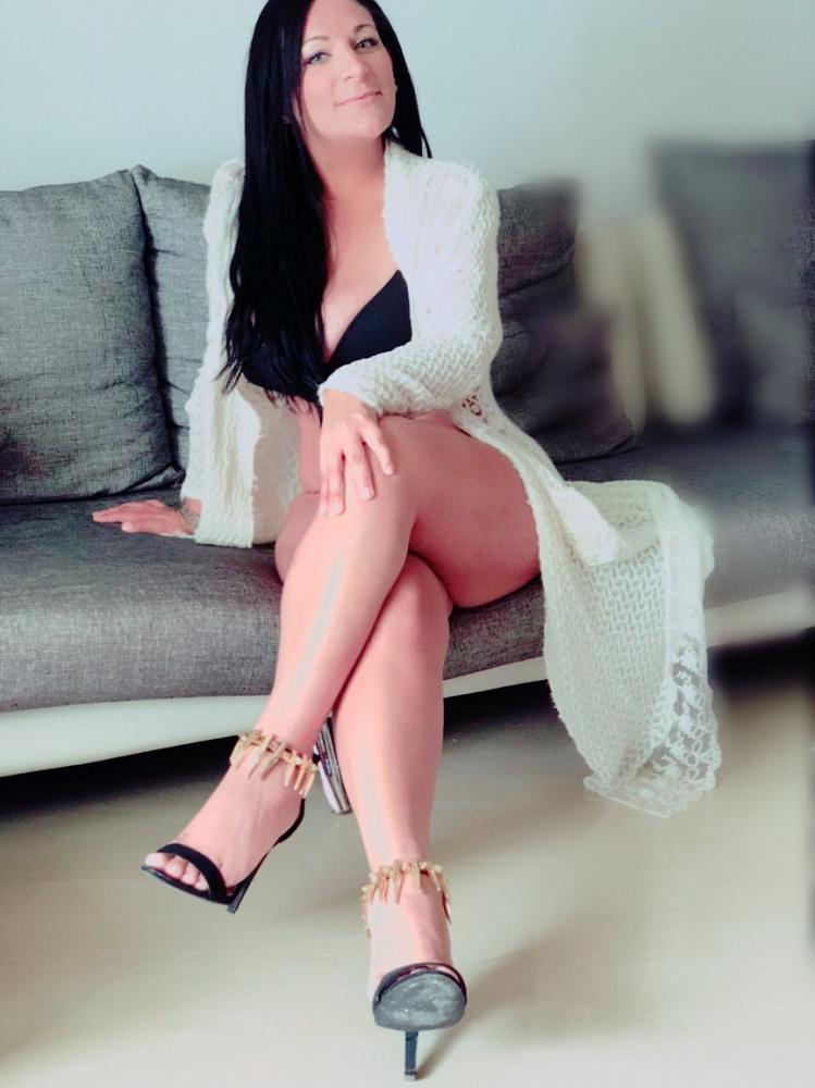 VIP Leah