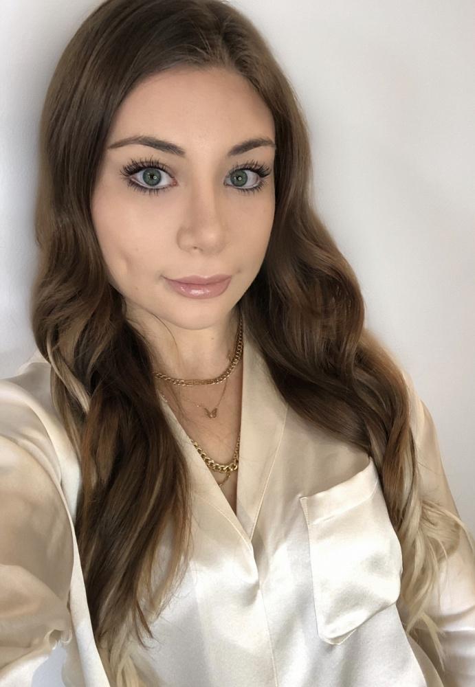 Kayla Paris