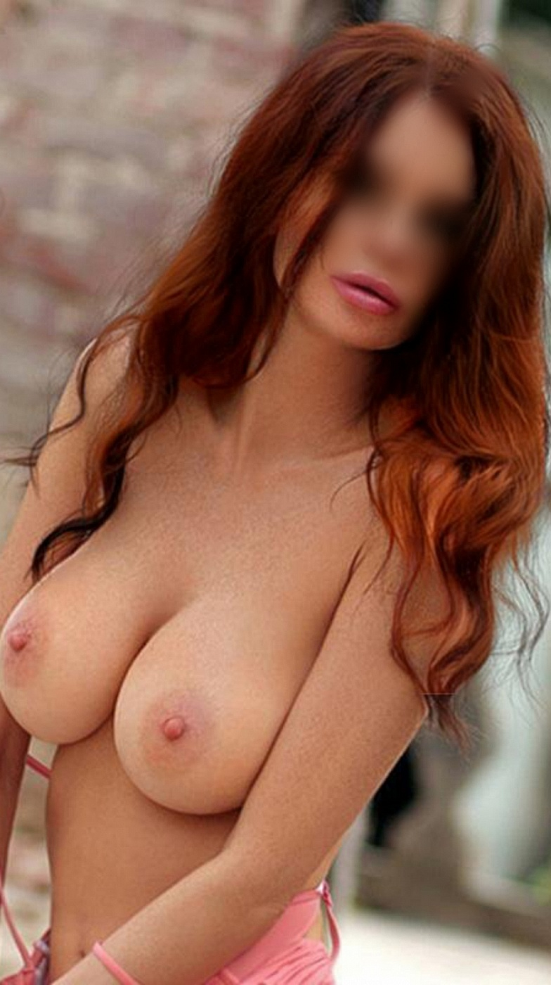 Nina Ashley