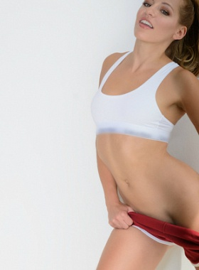 Sofia Miles