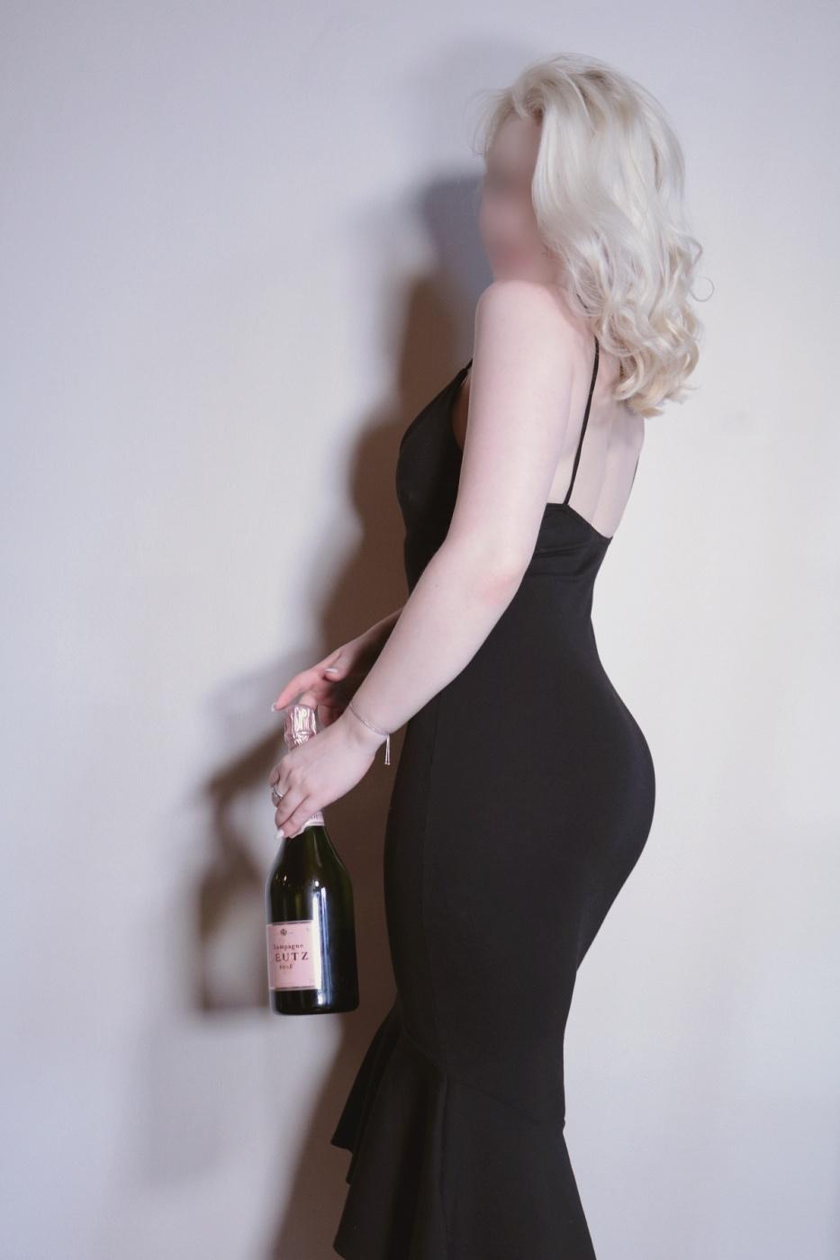 Gwen Monroe