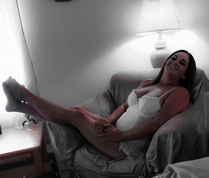 Naughty Darling Nikki