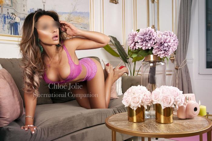 Chloé Jolie