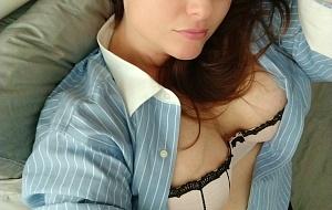 Angela Hart Escort