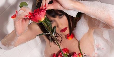 Amanda Manhattan's Cover Photo