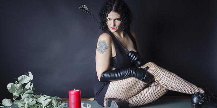Savina Nyx's Cover Photo