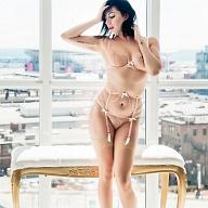 Naomi Nixion