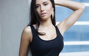 Natasha Roxy Escort