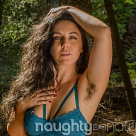 Hairy Nikki Silver - All Natural Escort