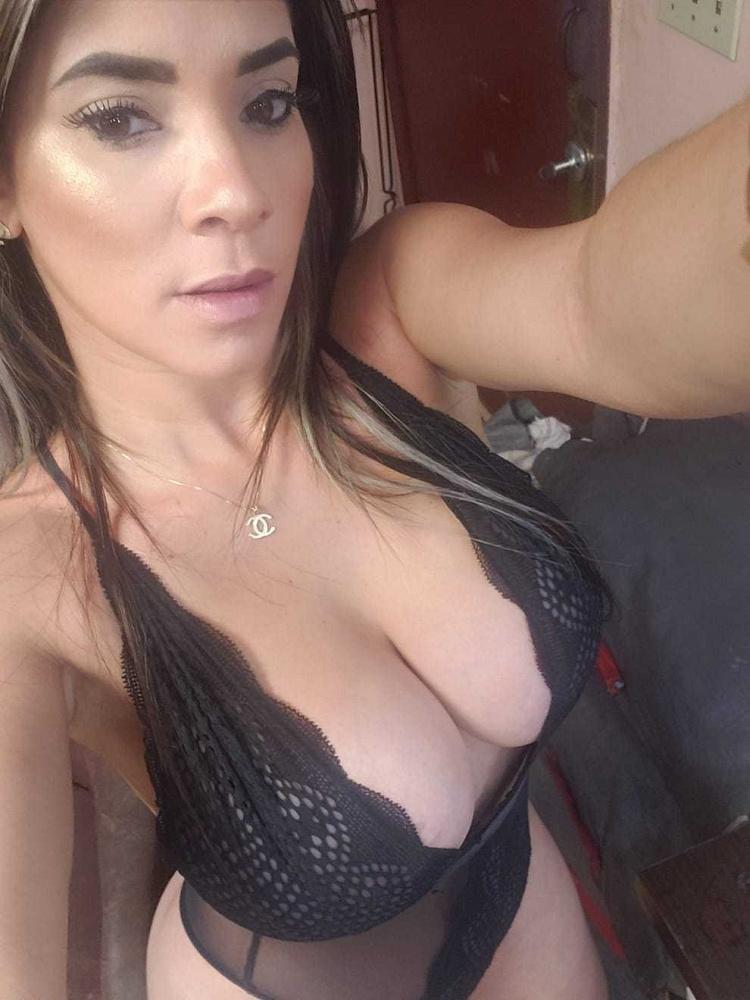 Claudia24