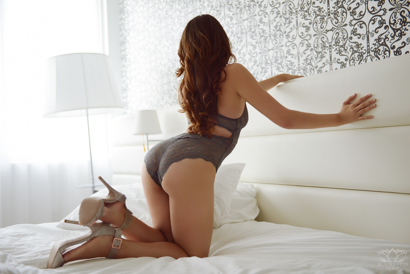 Dina Lenore
