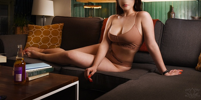 Naomi Loren's Cover Photo