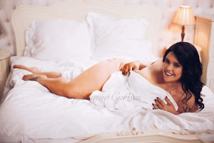 Yasmin Curves