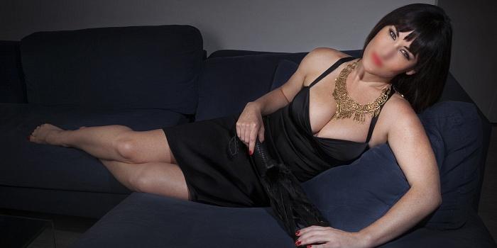Chloe Snow's Cover Photo
