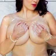 Layla Loren Escort