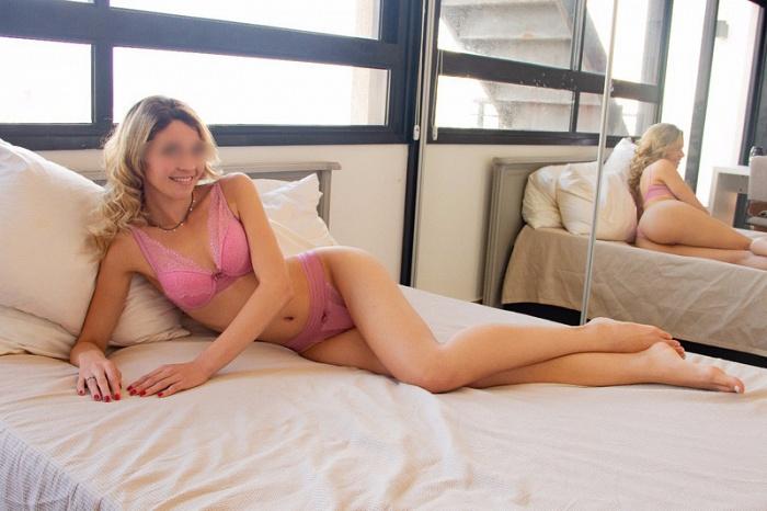 Mandy Summers