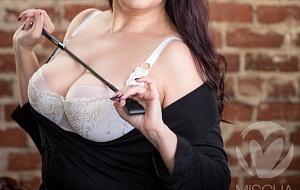 Paige Andrews Escort