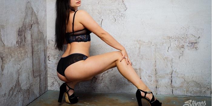 Charlotte Voss's Cover Photo