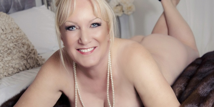 Elizabeth Hunter's Cover Photo