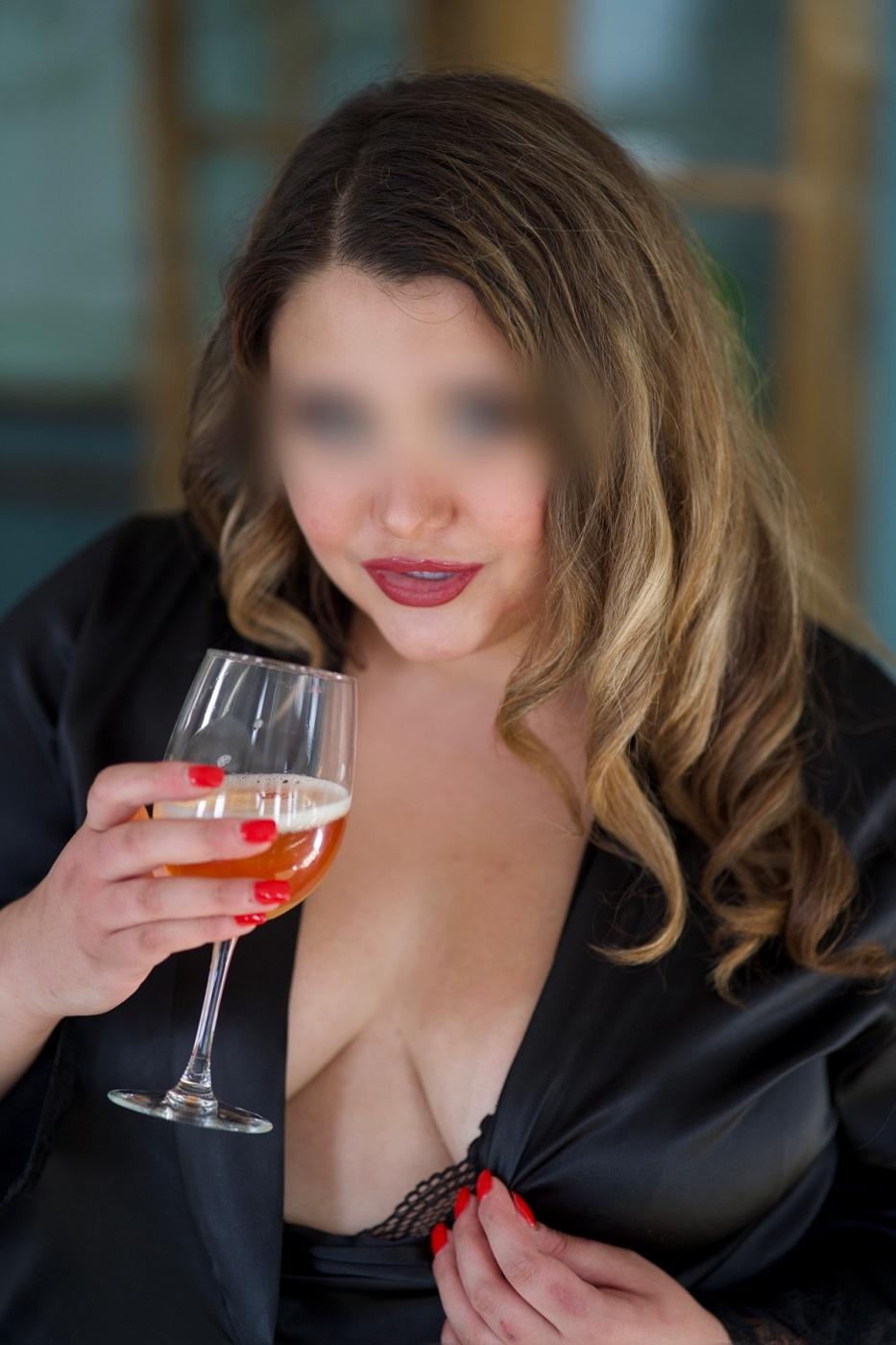 PornStar Lexie Foxx
