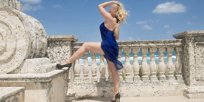Alice Banks's Cover Photo
