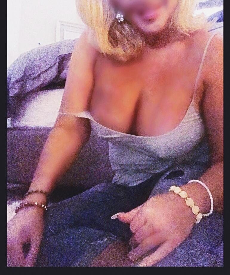 Marie Bella