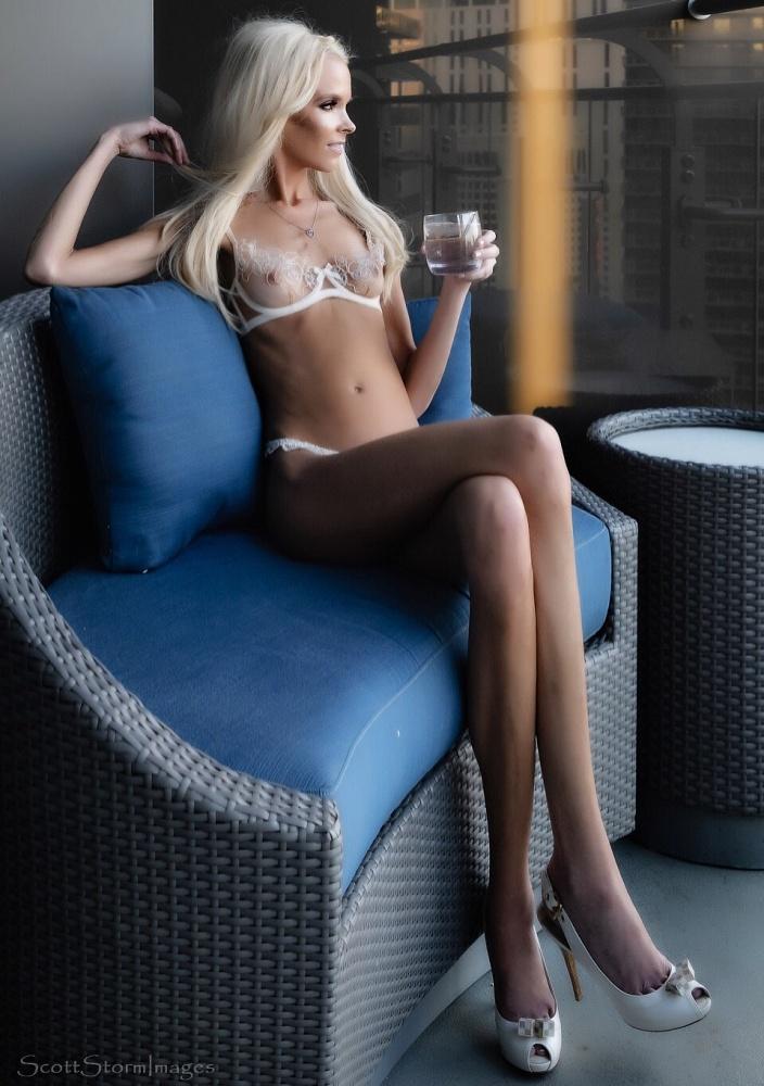 Alexandrea Belle