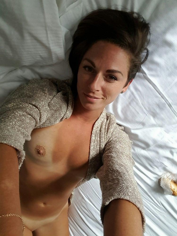 Victoria Jones - CT Hotwife