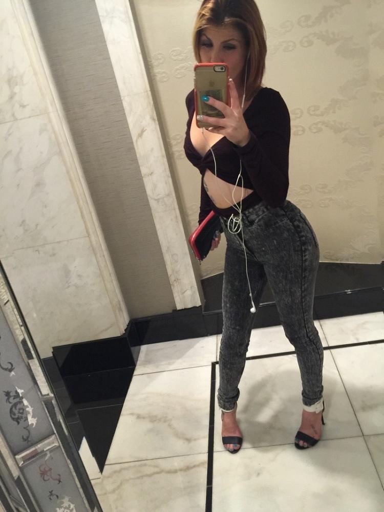 Rebecca XXX