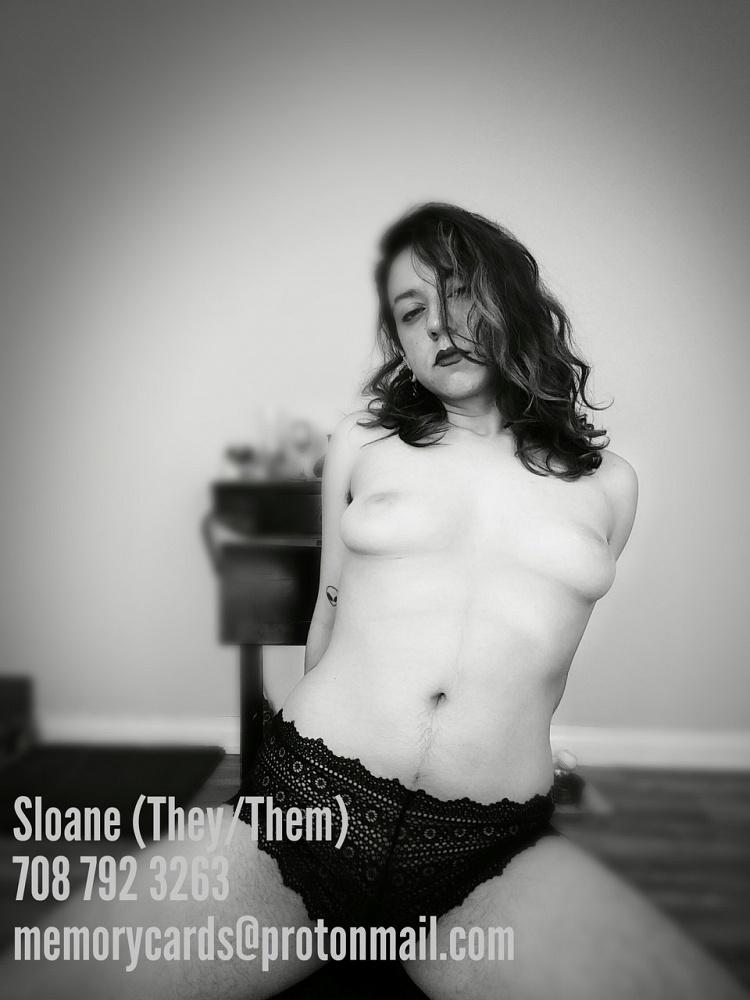 Sloane xoxo