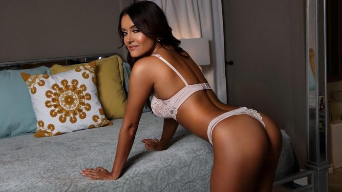 Nina Martinez Nude Photos 97